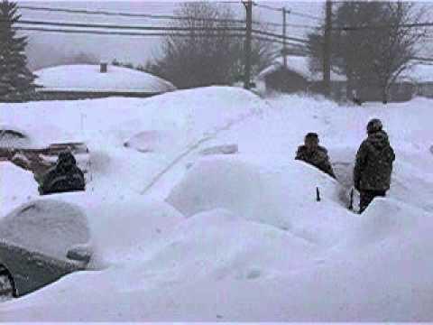 huge snow storm in Sherbrooke Quebec March 7 2011