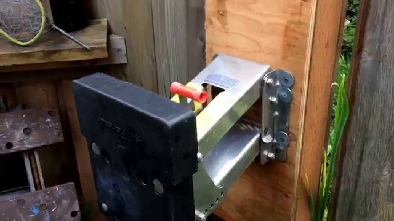 Diy outboard motor support for Large outboard motor stand