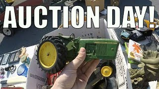 Tailgate Auction and Hauls - Sourcing for Flea Market Inventory
