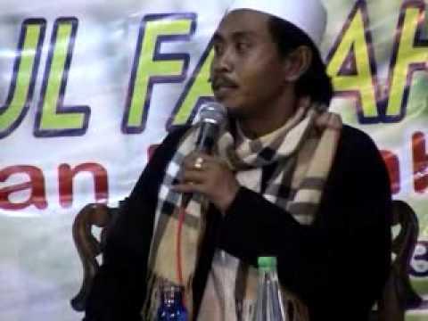 KH. ANWAR ZAHID di Ponpes Darul Falah 75 Prambon Part 1.flv