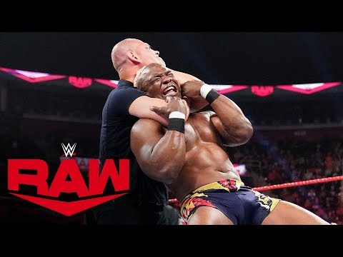 Cain Velasquez comes to the aid of Rey Mysterio: Raw, Oct. 21, 2019