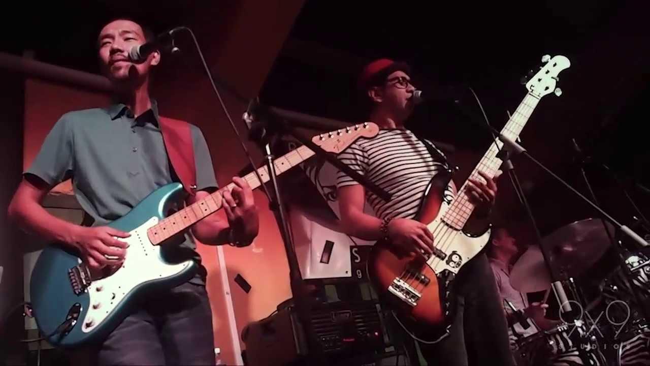 Download Paolo Santos Trio - Basil Valdez, Ric Segreto and Gary Valenciano medley LIVE in Singapore