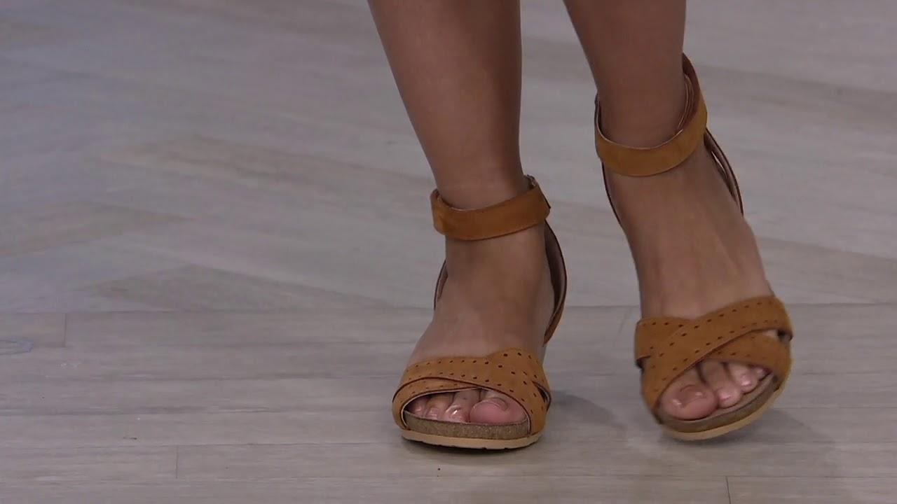 Naot Nubuck_Leather Ankle Strap Demi