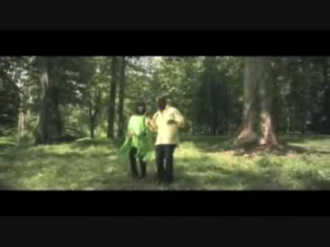 Bebe & Cece Winans - Close to you ( with lyrics)