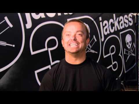 """Jason """"Wee Man"""" Acuña: Jackass 3D Interview"""