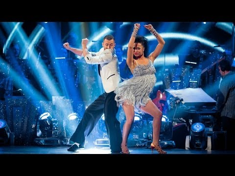 Natalie Gumede and Artem Salsa to 'Wanna Be Startin' Something'  Strictly Come Dancing: 2013  BBC