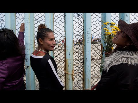Central American migrants arrive at the U.S. border