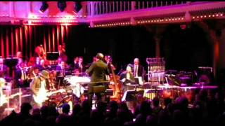"Nona Hendryx & Gary Lucas performs  ""When It blows its stacks"" with  the Metropole Orchestra"