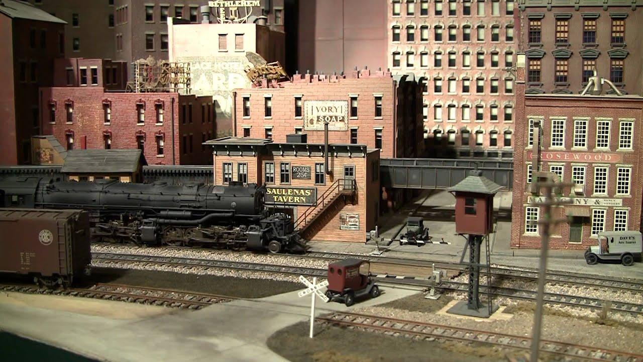 Model Train Layout B&O - YouTube