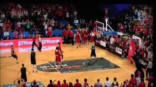 Breakers vs Wildcats NBL 2015 Amazing half court shot by Cedric Jackson