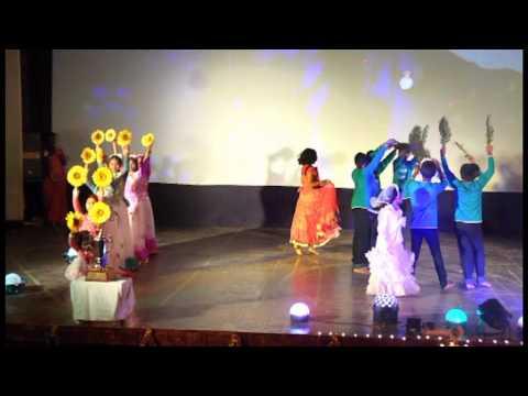 Group Dance Aanandha Yazhai