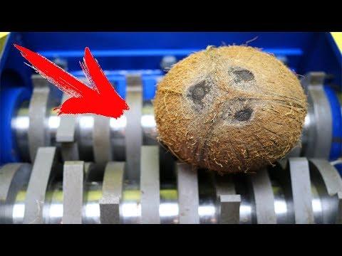 Wassermelone und Kokosnuss kommt in den Schredder -  Der schnellste Salat der Welt