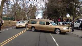 Whitney Houston burial procession - arriving at the cemetery