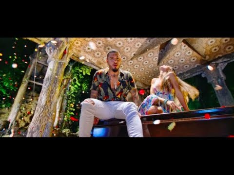 Chacal featuring Omi - Miedo [Video Oficial]