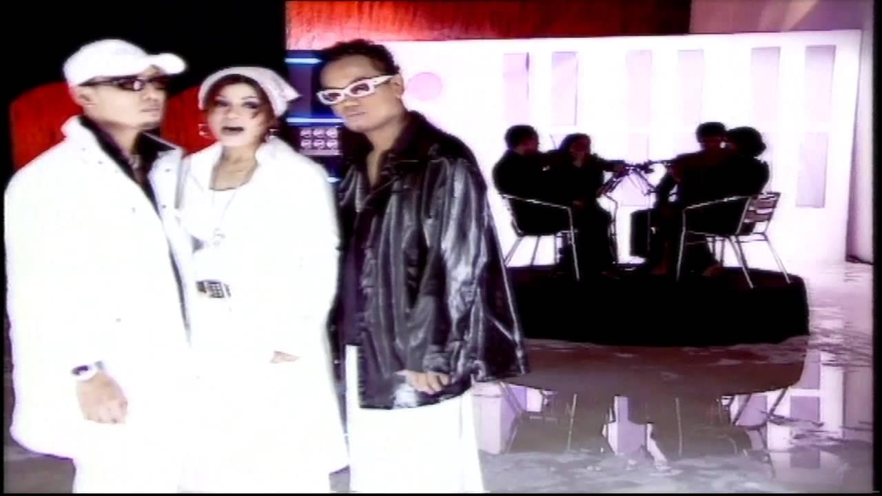 Penyanyi 90an: Konsep Unik Tofu Warnai Sejarah Musik Indonesia – Bintang.com