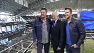 behind the scenes with blake shelton luke bryan jerry jones 50th acm awards
