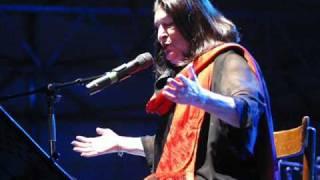 Mercedes Sosa & Konstantin Wecker - Yo canto porque tengo vida