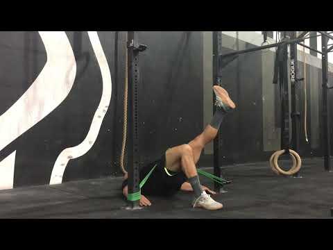 Functional Strength - single leg floor hip thrust hold - ON AIR
