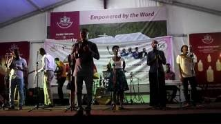 """Casting Crowns"" (Nathaniel Bassey) Cover by Ps. Emmitt Konadu @ RHEMA 2016 (Asbury Dunwell Church)"