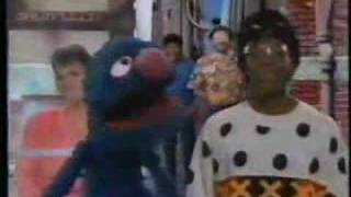 Sesame Street - Monster in the Mirror (celebrity version)