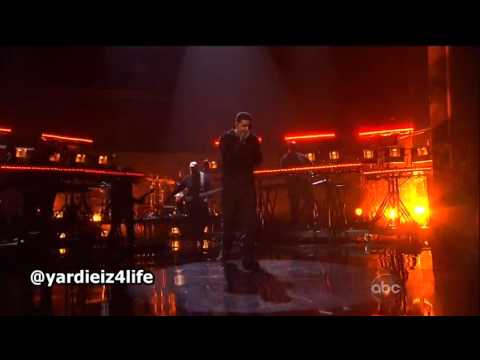 Drake  Headlines  Performance