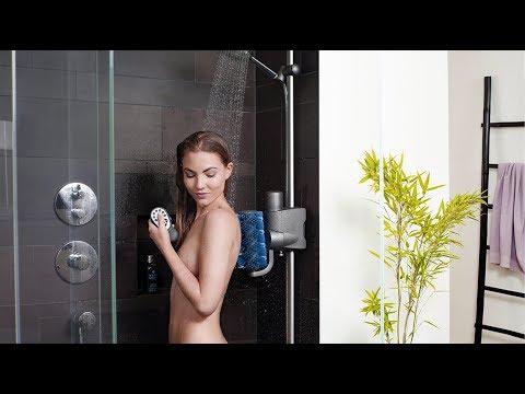 Rücken waschen praktisch und entspannt mit dem Aglaja Duschsystem