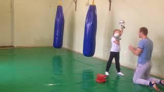 Девочка Муай тай , девочка (7 лет) 4ая тренировка