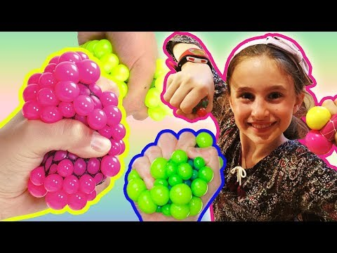 COME FARE LE SQUISHY BALL ANTISTRESS COLORATE COL DENTIFRICIO ! | Charlotte M. DIY