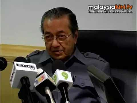 Dr M: Sultan has no power to remove MB