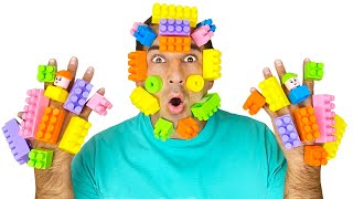 Песня про цвета от Тимы и Еси   Учим цвета с Лего - Детская песня
