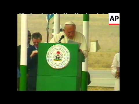 NIGERIA: ABUJA: POPE JOHN PAUL II GREETED BY GENERAL ABACHA