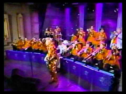 The Brian Setzer Orchestra - Gettin' In The Mood & Hawaii Five-O (Late Night)