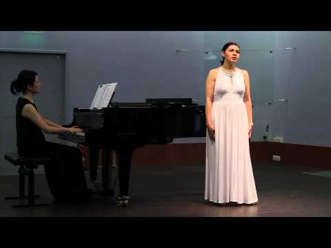 03 R. Schumann - Der Nussbaum - Abigail Coral Almeida