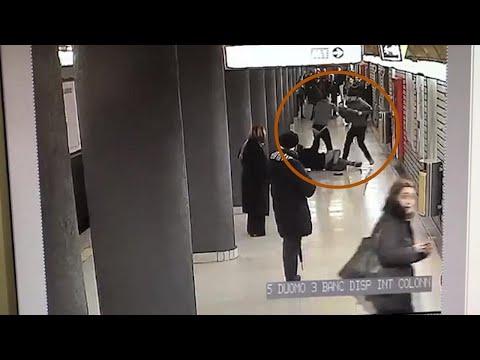 Milano, Ladri Di Cellulari In Metro Duomo: L'intervento Dei Poliziotti In Borghese