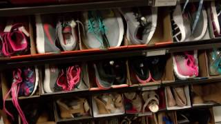 США. Юта. Магазин одежды низкие цены.