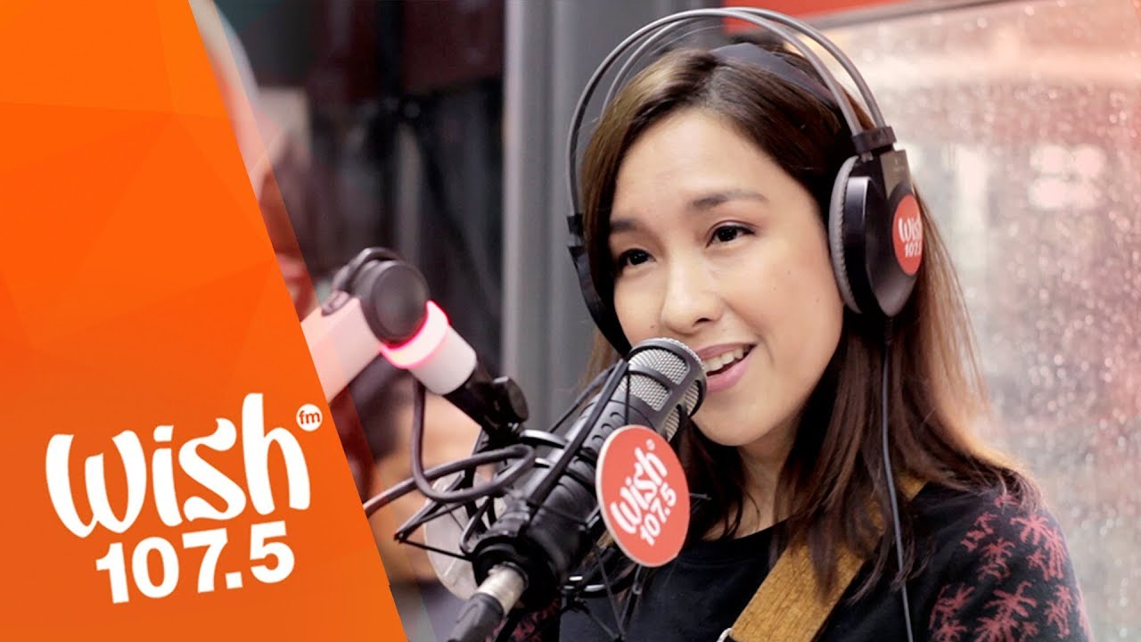 Barbie Almalbis performs 'Tabing Ilog' LIVE on Wish 107.5 Bus