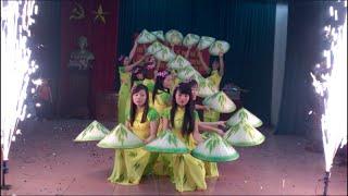 Múa Việt nam quê hương tôi do Đội văn nghệ xóm 7 biểu diễn WP 20150308 14 05 01 Pro