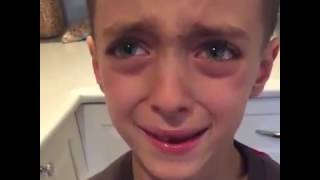 Kid crying about his losing March Madness bracket