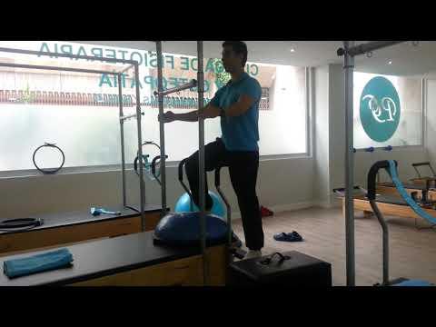 Ejercicio de Pilates Máquinas para el cuádriceps con Silla Avanzado