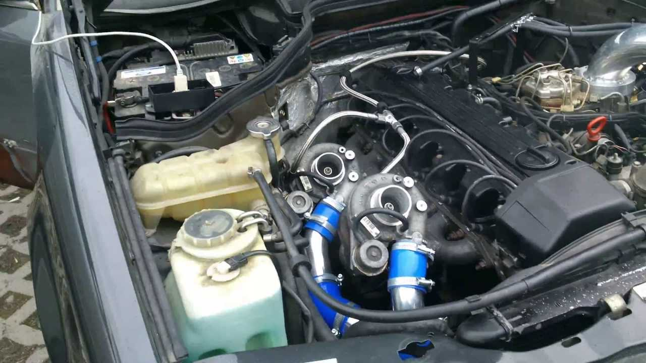 Revving w124 300ce twin turbo!