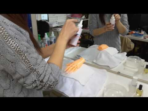 Vuu's Beauty School: Practical Nails Exam - Manicure