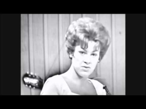 Patsy Cline ~ You're Stronger Than Me (1962) [LIVE]
