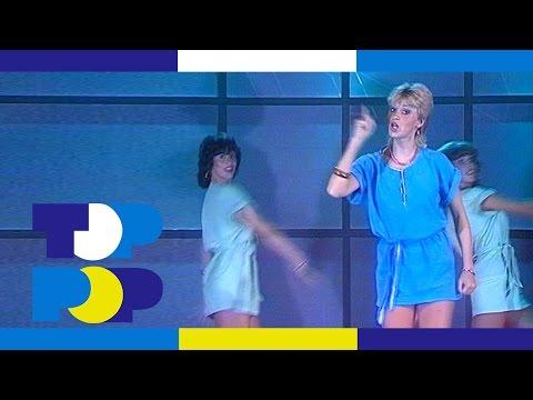 Doris D - The Marvellous Marionettes