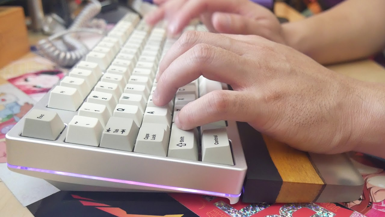 Mira TKL x Holy Pandas Typing Sounds