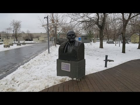 Russia December 2015: Graveyard for Fallen Monuments (Muzeon Park)—video by Canon G5X