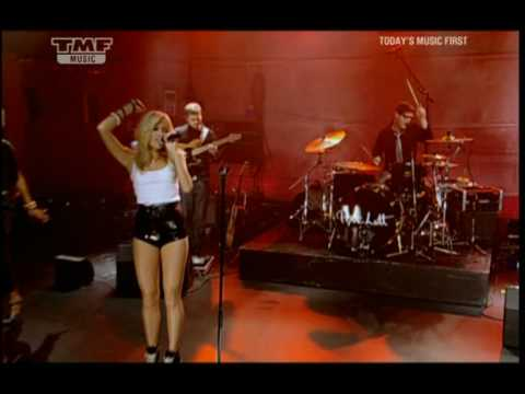 Pixie Lott- Mama Do (TMF Live Sessions August 09)