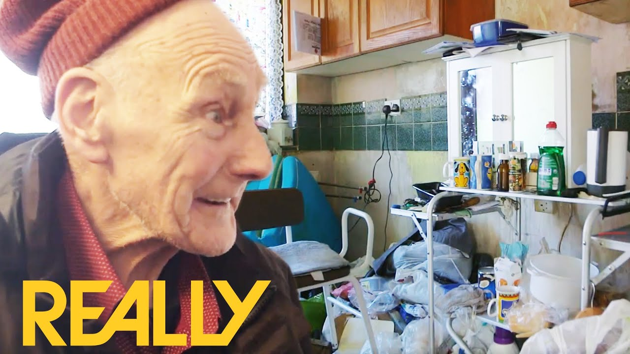 83 Year Old Man's House Fully Cleaned For First Time In 33 Years | Call The Cleaners