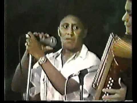 """Orangel """"Pangue"""" Maestre (El Mal Herido) Festival Vallenato Rey De Reyes 1987"""