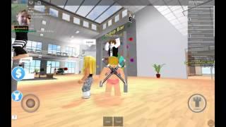 ZEIT, UM FIT ZU WERDEN! | Roblox Fitness Center Gameplay (Teil 44)