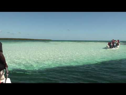 AMAZING SAND POOL IN THE MIDDLE OF THE OCEAN NEAR SAONA ISLAND DOMINICAN REPUBLIC WOW